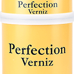 Verniz poliuretano acrílico alifático de dois componentes de alta durabilidade e alto brilho. Apresenta excelente aspecto estético, retenção de cor e brilho e proporcionam melhor resistência ao intemperismo, a água salgada e a abrasão.